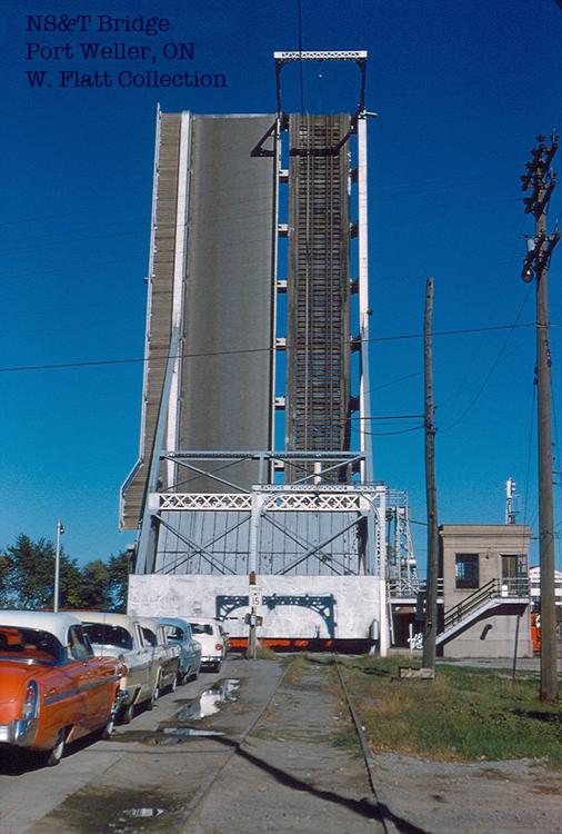 Lift bridge at Port Weller